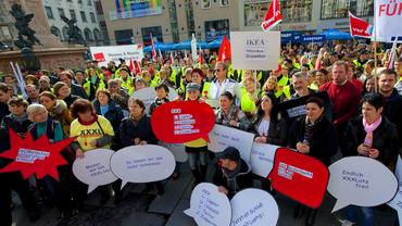 Streiktag im Einzelhandel, Solidarität mit den Beschäftigen von XXXLutz