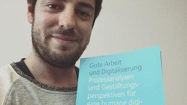Frisch aus der Druckerpresse: Der ver.di Reader Gute Arbeit und Digitalisierung