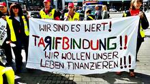 Beschäftigte streiken bei Toys R Us in NRW
