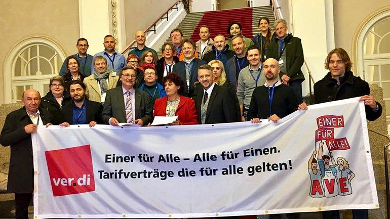 BR des Münchner Einzelhandels übergeben Resolution zur AVE der Tarifverträge im Handel.
