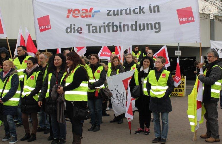 Bundesweite Streiks bei real,- (hier in Hessen)