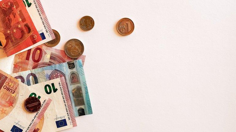 Geld Geldschein Münzen Banknoten Euro