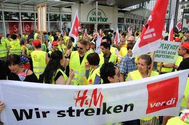 Streikende bei H&M