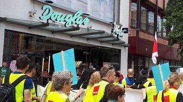 Douglas ver.di Streik Logo