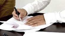 Arbeitsvertrag unterschreiben