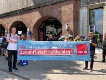 Protestkundgebung bei Galeria Karstadt Kaufhof in Hamburg in der Mönckebergstraße (27. Juni 2020)